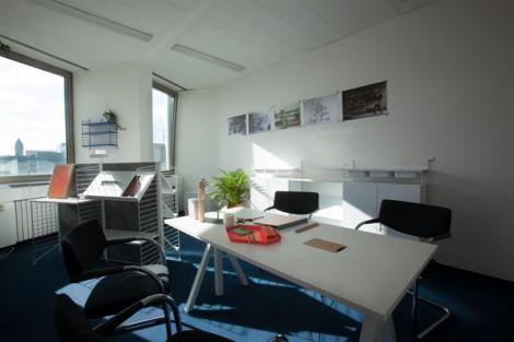 string_room_clusterhaus_cologne_3
