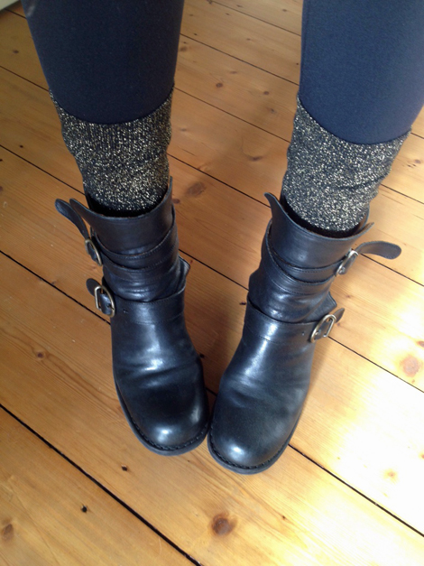 Lurexsocken_&other stories_Boots_ Fiorentini & Baker