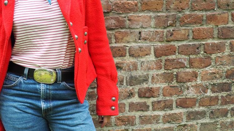 Outfit: Denim, Streifen und ein Cowboygürtel