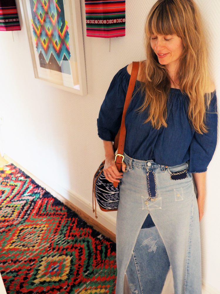 Off Shoulder Top_DIY_Jeansmaxirock_Vintage_Zaida Bag_FOLKDAYS_3