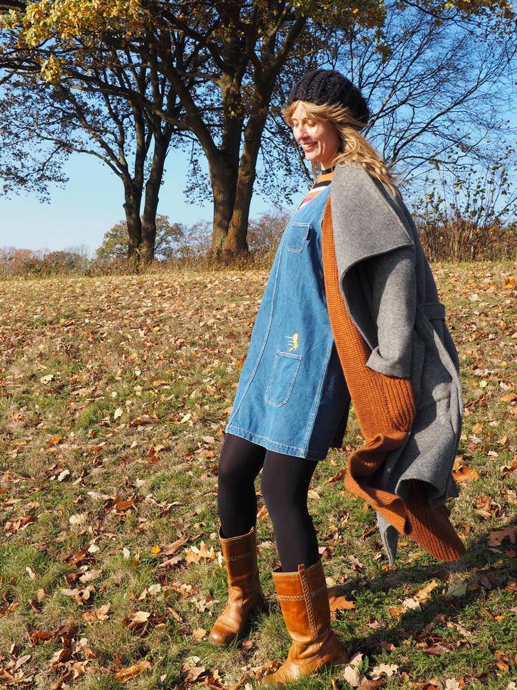 Layering_Longweste Rich&Royal_Jeanskleid Vintage_Streifensweater EDITED_golden cage_4