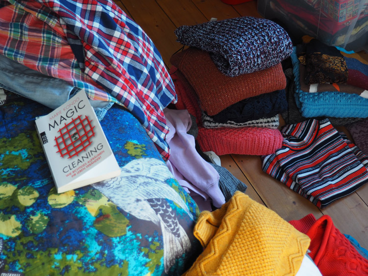 Minimalismus im Kleiderschrank_weniger ist mehr_golden cage_3