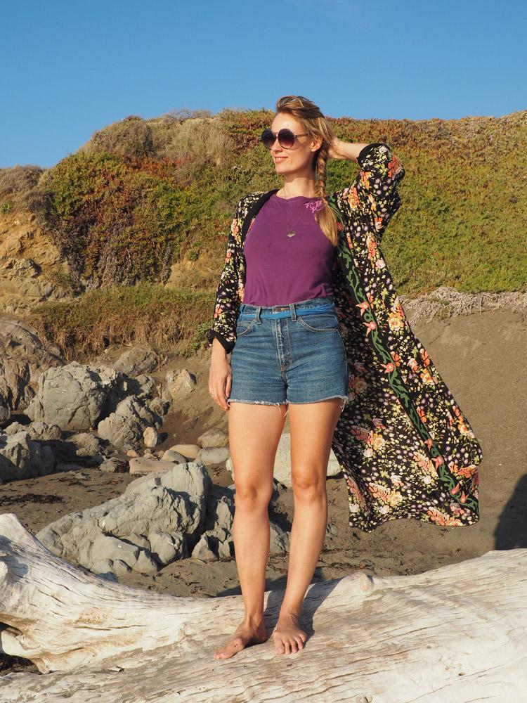 Kimono ZARA_Denimshorts Vintage_T-Shirt Diesel Vintage_Moonstone Beach_Cambria_Kalifornien