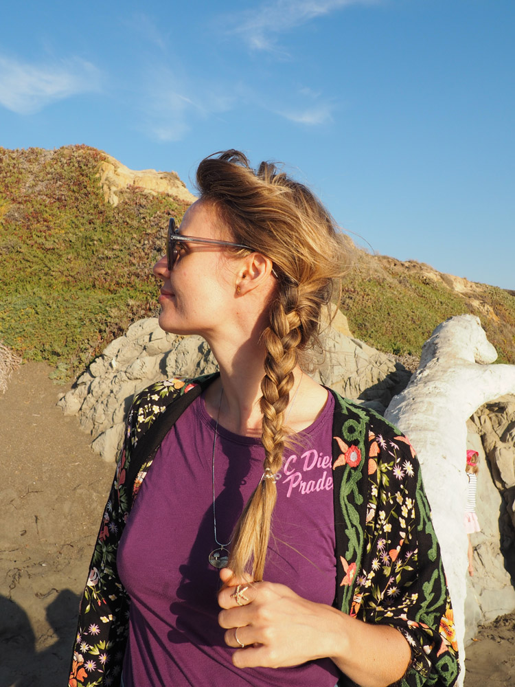 Kimono ZARA_Denimshorts Vintage_T-Shirt Diesel Vintage_Moonstone Beach_Cambria_Kalifornien_3