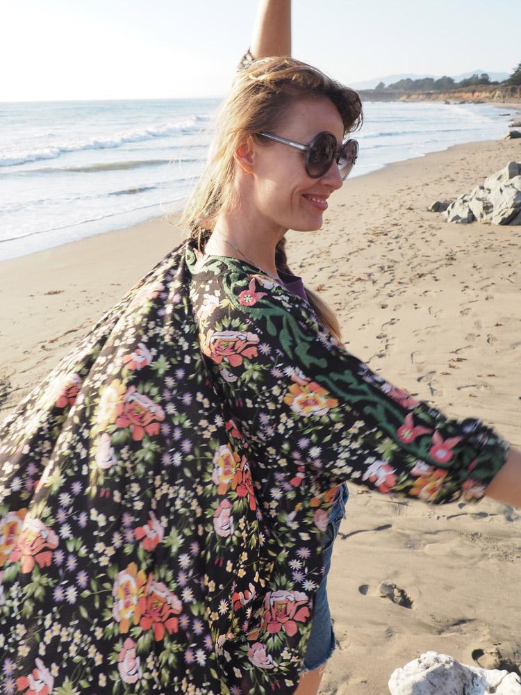 Kimono ZARA_Denimshorts Vintage_T-Shirt Diesel Vintage_Moonstone Beach_Cambria_Kalifornien_9
