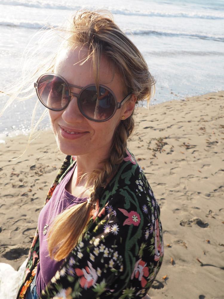 Kimono ZARA_Denimshorts Vintage_T-Shirt Diesel Vintage_Moonstone Beach_Cambria_Kalifornien_11