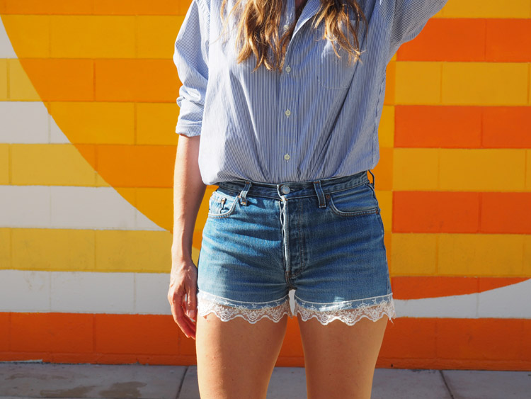 Jeans Shorts_Mammoth Lakes_Vintage Levis 501_Spitze_golden cage