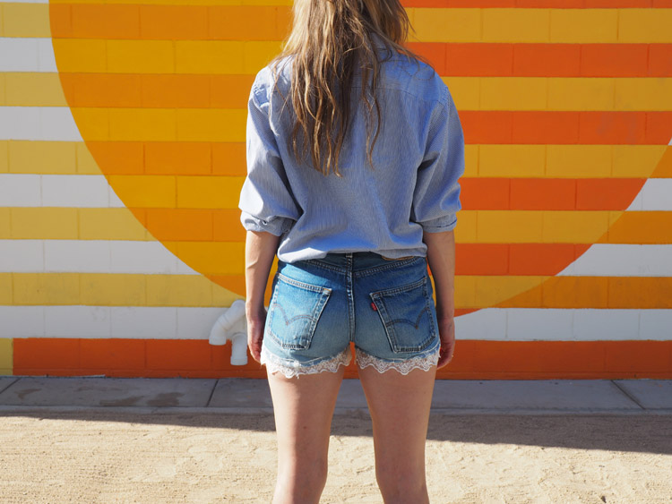 Jeans Shorts_Mammoth Lakes_Vintage Levis 501_Spitze_golden cage_3