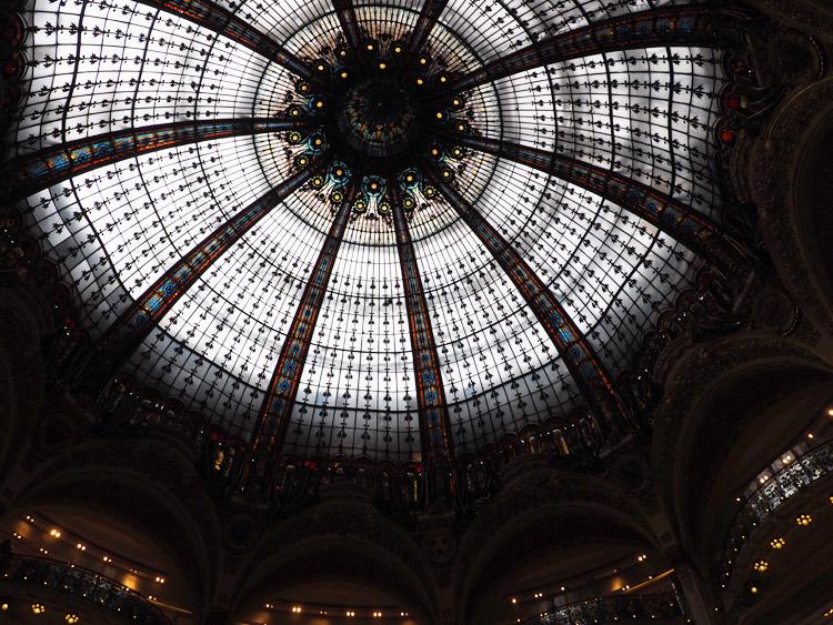 Paris_Galleries Lafayette_Kuppel_golden cage