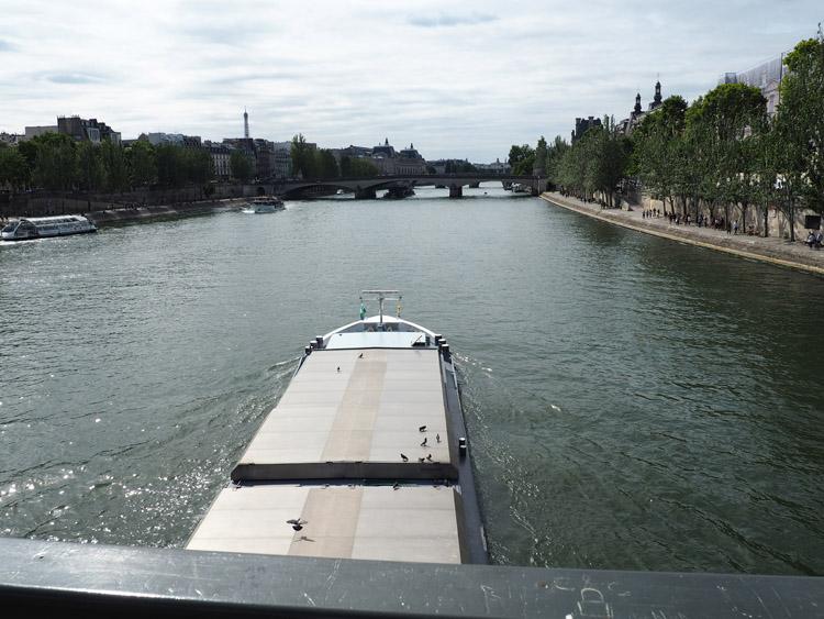 Paris_Seine_Seineufer_golden cage_Mädelstrip