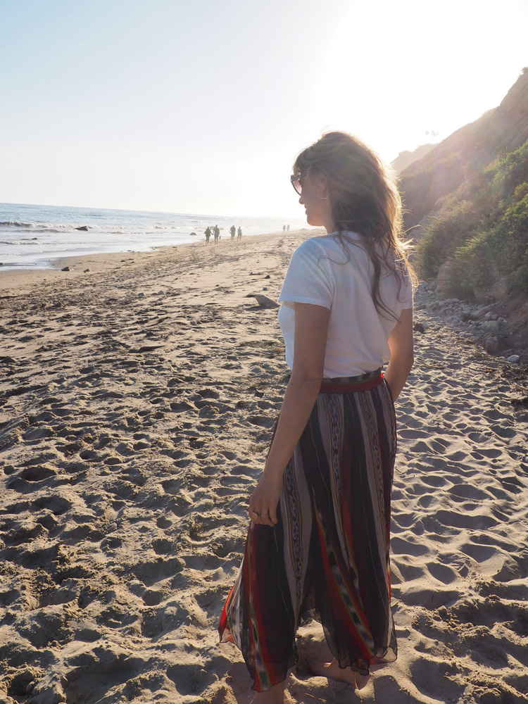 T-Shirt Sézane_Mes Demoiselles Skirt_Hendry's Beach_Santa Barbara_golden cage_4